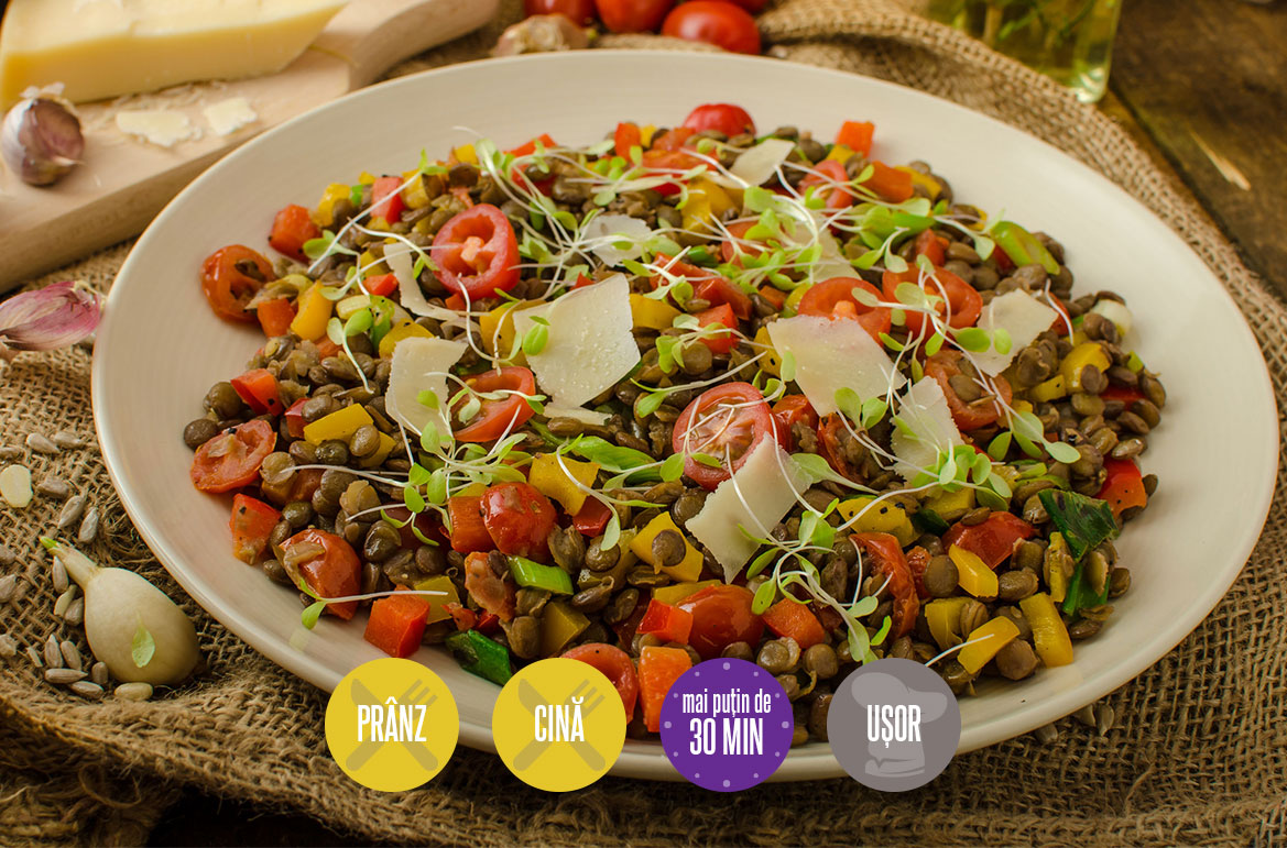 salată cu linte și parmezan