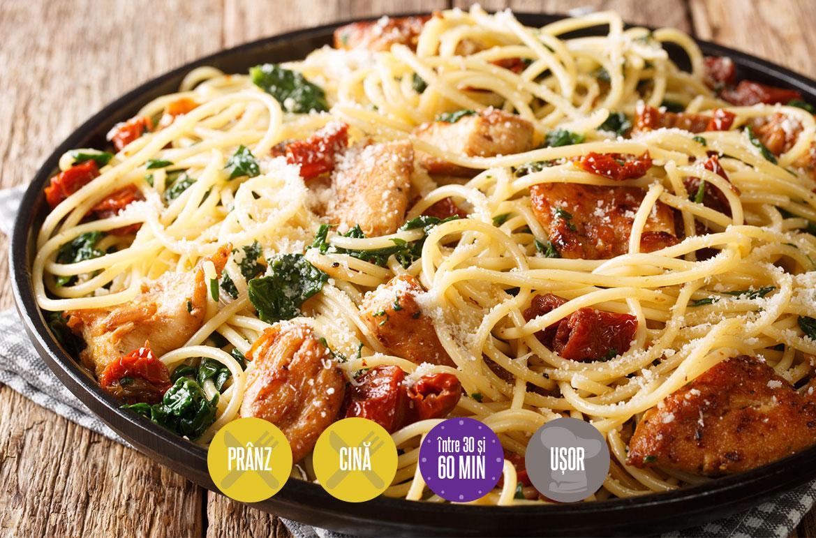 spaghete cu pui și roșii uscate