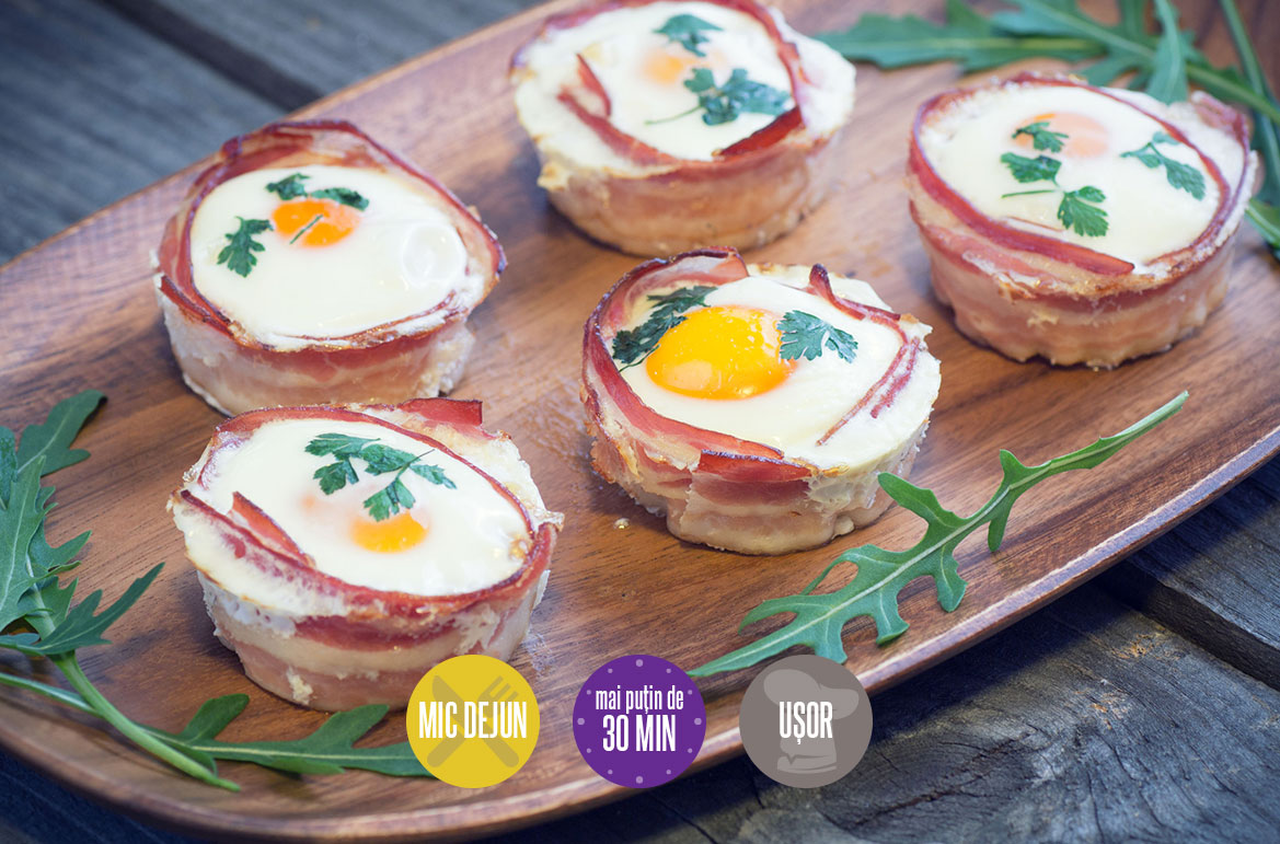 ouă cu bacon