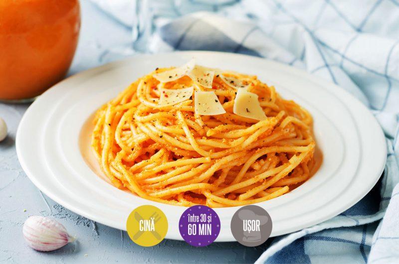 spaghete cu sos de ardei copți