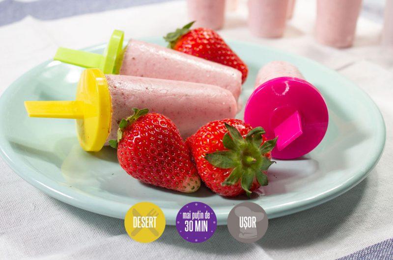 Smoothie-înghețată de căpșuni