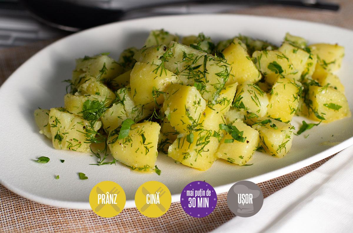 salată de cartofi cu unt și mărar
