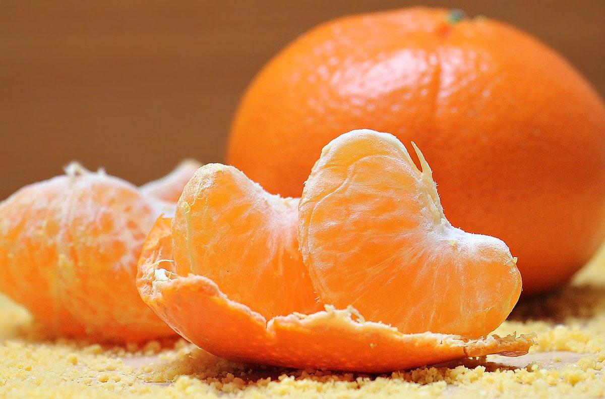 Mandarine cu coajă