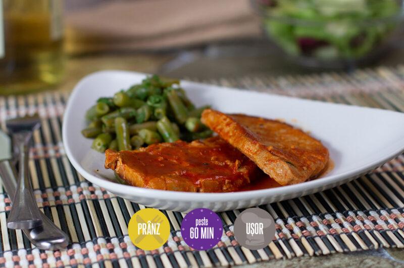 cotlet de porc cu sos de roșii