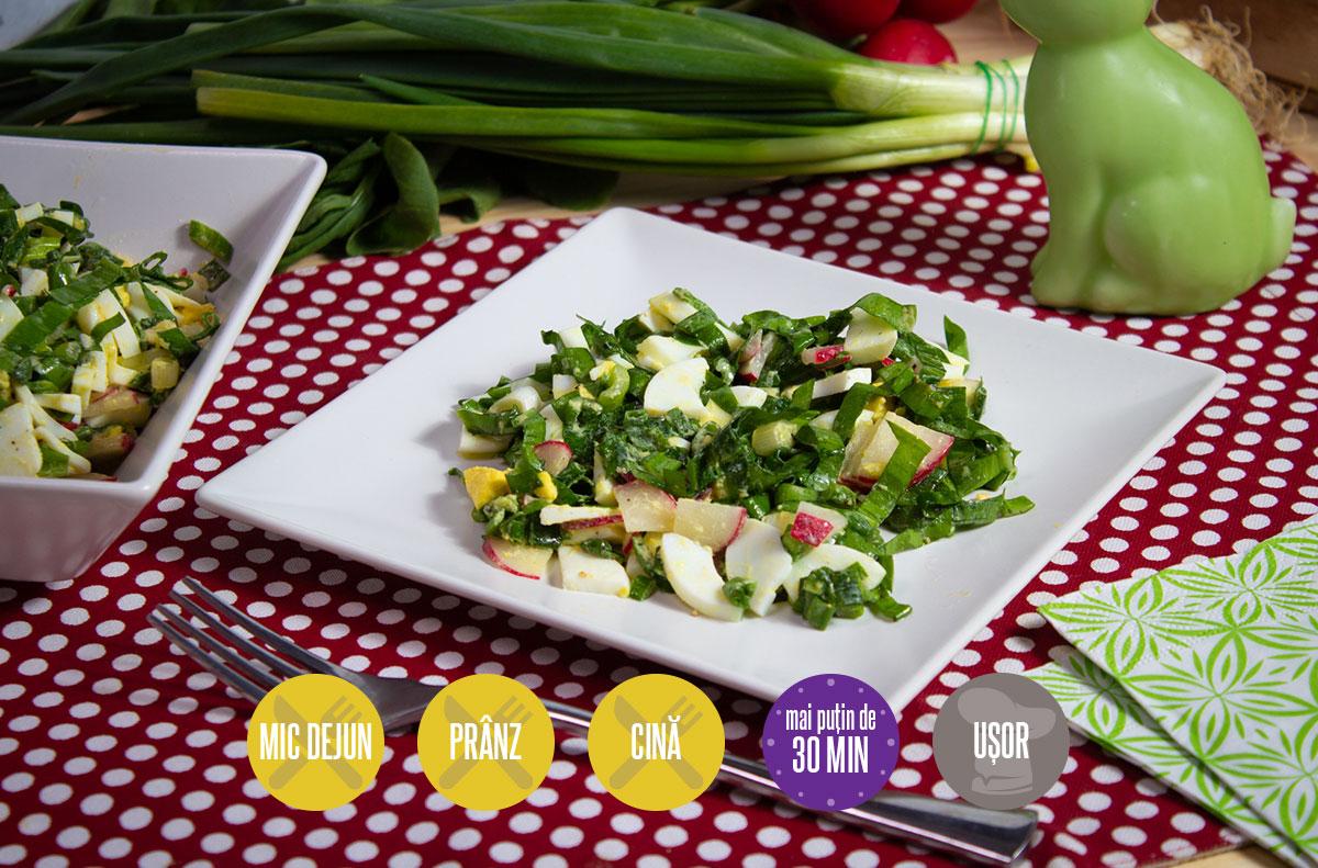 Salată cu ouă fierte ridichi și verdețuri