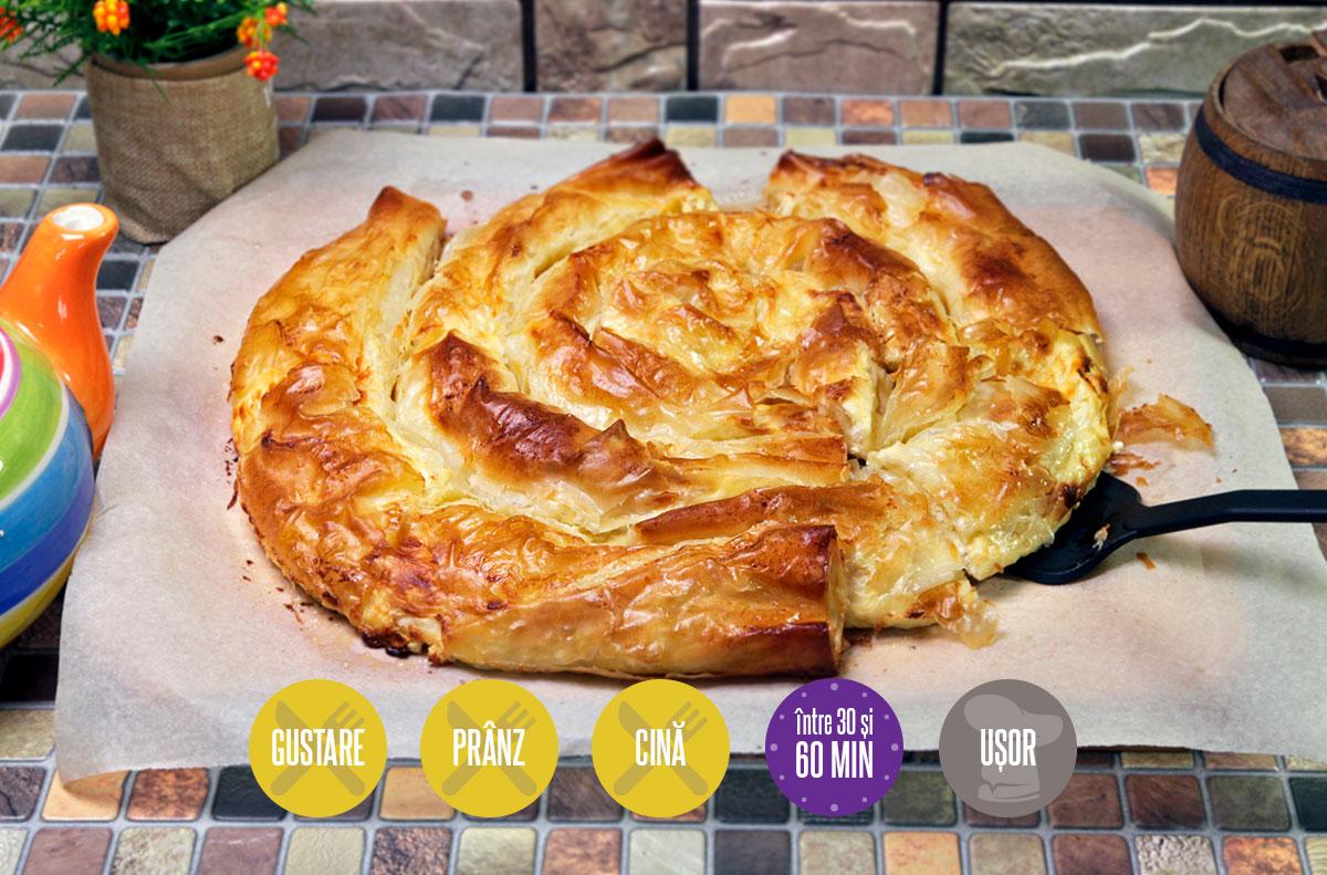 banitsa sau plăcintă cu brânză și iaurt