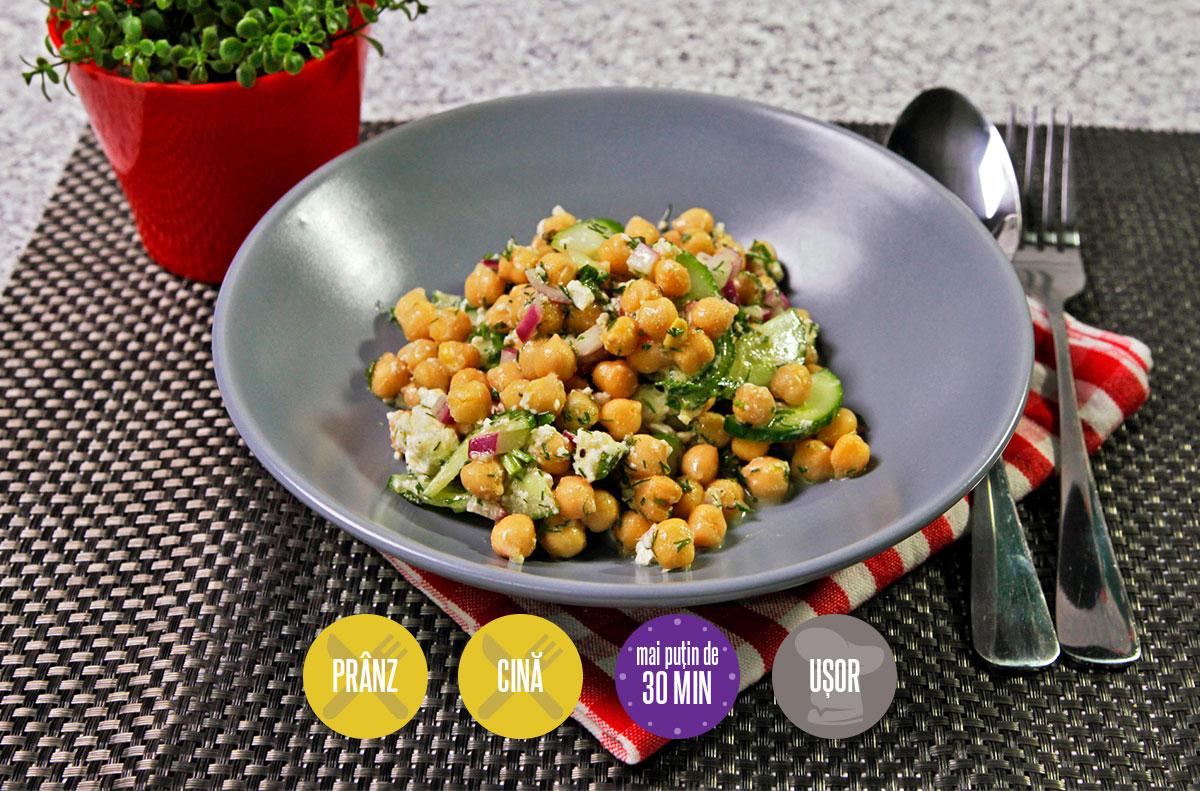 salată de năut și castraveți